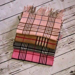 Accessories - {NEW} 100% Cashmere Scottish Tartan Plaid Scarves